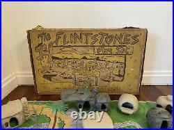 VINTAGE MARX FLINTSTONES 1960's BEDROCK HANNA BARBERA PLAYSET With Box