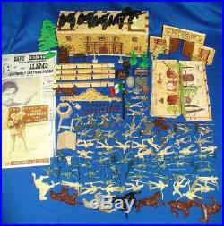 VINTAGE MARX PLAYSET WALT DISNEY DAVY CROCKETT AT THE ALAMO 1950's MISSION TOYS