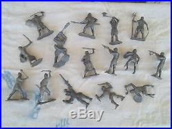 VTG MARX ROBIN HOOD PLAY SET TIN CASTLE with FIGURES & ACCESSORIES INCOMPLETE