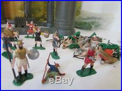 VTG RARE MARX MINI MEDIEVAL CASTLE PLAYSET With VIKINGS & KNIGHTS HONG KONG S1
