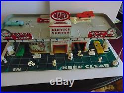 Vintage 1950s MARX TIN LITHO SERVICE CENTER-GAS STATION PLAY SET