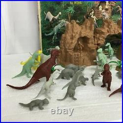 Vintage 1971 Marx Prehistoric Dinosaurs Play Set #3398 42 Pieces Total
