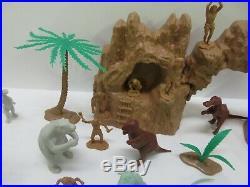 Vintage 1971 Marx Prehistoric Dinosaurs Play Set #3398 Complete Excellent Rare