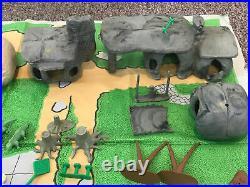 Vintage MARX 1961 Flintstones Playset Play Village 64 Pieces + Mat