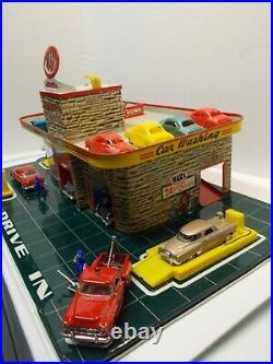 Vintage MARX Tin Litho Service/Gas Station with1 Service Bay & Roof Parkingca 50s