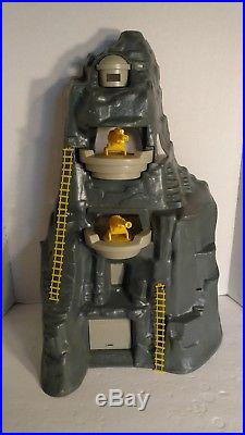 Vintage MARX WWII Battle Of Navarone Giant Play Set 1977 Box Figures Parts