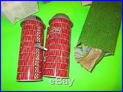 Vintage Marx 1966 Double Silo Platform Farm Se t#985