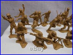 Vintage Marx Battleground Desert Fox Playset 29 GI Soldiers Rose Tan NM Cond