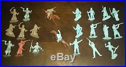 Vintage Marx Captain Gallant Playset Legionaires RUNNING with a PISTOL Figures