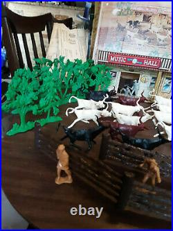 Vintage Marx Cattle Drive Playset 3983 With Original Box