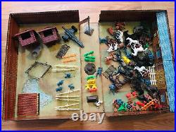 Vintage Marx Fort Apache Carry-all Action Playset Tin Litho With Accessories