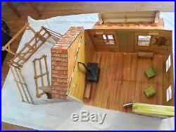 Vintage Marx Johnny West CIRCLE X RANCH No 5275 Cardboard Playset, Mint