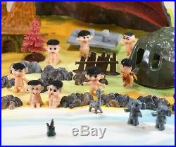 Vintage Marx Miniature Troll Village Play Set With Box 15 Trolls 1965 Hong Kong