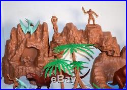 Vintage Marx Prehistoric Dinosaur Cavemen Play Set Extra Dinos Rare