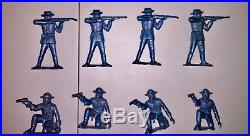 Vintage Marx Rin Tin Tin Fort Apache Playset 28 Cavalry Soldiers Blue