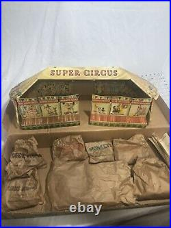 Vintage Marx Super Circus 1950's Metal Tent. Original box Complete set