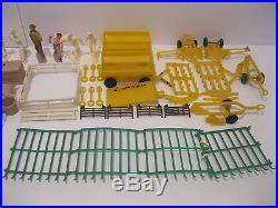 Vintage Marx Tin Farm Set In Original Box With Accessories & Animals