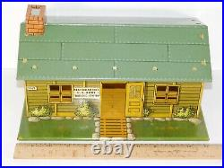 Vintage Marx US Army Training Center Headquarters Tin Litho Building Toy Soldier
